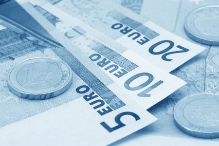 Euros (blue toned)