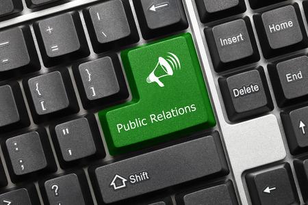 relaciones publicas: Vista de primer plano en el teclado conceptual - Relaciones P�blicas (tecla verde con el s�mbolo de meg�fono) Foto de archivo
