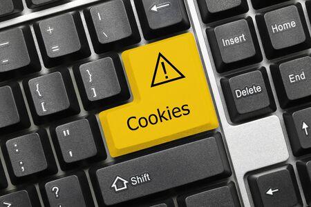 Vista cercana en el teclado conceptual - Cookies (tecla amarilla) Foto de archivo