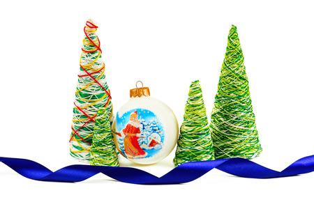trabajo manual: árbol decorativo creativa Año Nuevo del trabajo hecho a mano con hilos Foto de archivo