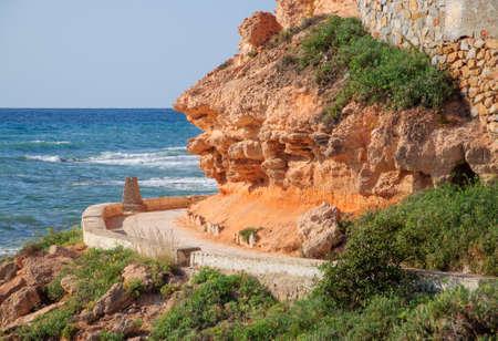 地中海、ラ武、コスタブランカ、スペイン沿岸の経路に沿ってパスを曲線