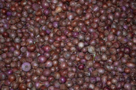 southern sri lanka: Colorful onions in a market stall in Tangalle, Southern Province, Sri Lanka, Asia. Stock Photo