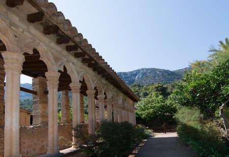 lull: MONASTIR DE MIRAMAR, MAJORCA, SPAIN - JULY 24, 2015: Detail of pillar and vault building in Monastery of Miramar on July 24, 2015 in Mallorca, Balearic islands, Spain.