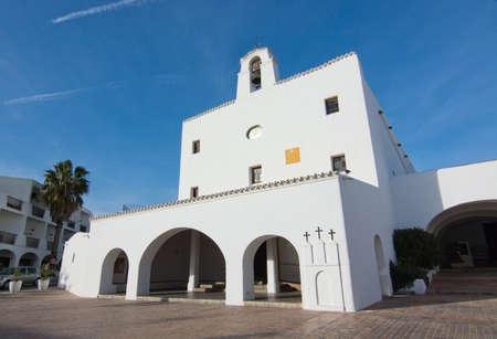 josep: SANT JOSEP DE LA TALAIA, IBIZA, SPAIN - DECEMBER 16, 2015: White church with three crosses on a sunny winter day on December 16, 2015 in Sant Josep de la Talaia in Ibiza, Balearic islands, Spain