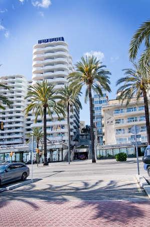 paseo: PALMA DE MALLORCA, BALEARIC ISLANDS, SPAIN - APRIL 2, 2016: Hotel Tryp Bellver on Paseo Maritimo in Palma de Mallorca, Balearic islands, Spain on April 2, 2016.