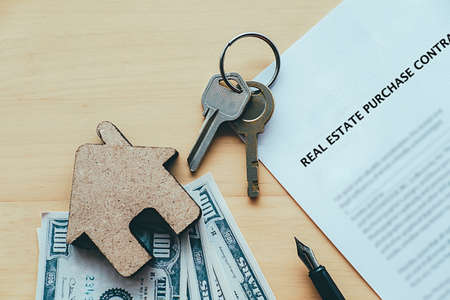Real estate purchase concept idea. Sale and buy land and house. Standard-Bild