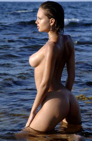 beach breast: sexy woman in the sea