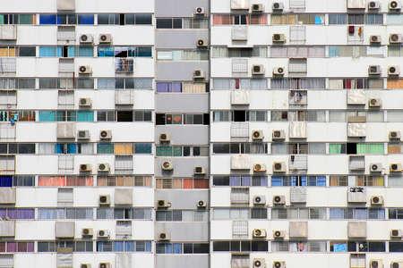 古い住宅、生活パターンのコンセプトの中でタイ ・ バンコク アパート ブロック別の人生