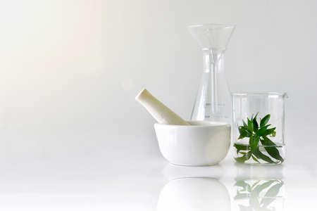 Botanica biologica naturale e vetreria scientifica, Medicina alternativa a base di erbe, Prodotti per la cura della pelle naturale, Concetto di ricerca e sviluppo.
