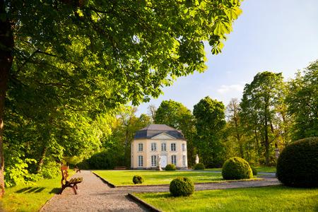 statuary garden: pavilion Sophienlust in the park palace Burgk in springtime
