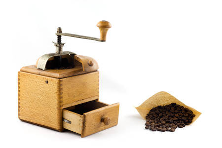 espreso: freshly ground coffee from the coffee mill