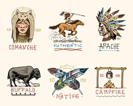 Satz von gravierten Vintage, Hand gezeichnet, alt, Etiketten oder Abzeichen für indische oder amerikanische Ureinwohner. Büffel, Gesicht mit Federn, Pferd Reiter, Apache oder Comanche, Lagerfeuer und authentisch. Standard-Bild - 80730130