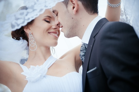A beautiful bride and groom Stock Photo - 11267845