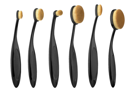Various cosmetic brushes collection for applying face makeup blusher and foundation, beauty products isolated on white background, clipping path included Banque d'images