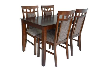 Esszimmermöbel-Set aus Tisch und vier Stühlen. Elegante Esszimmermöbel für Wohnzimmer oder Küche, aus braunem Holz und Textilteppich, isoliert auf weißem Hintergrund