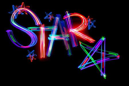 estrellas cinco puntas: Las estrellas de cinco puntas y la palabra