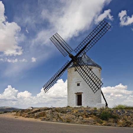paysage: Castilian windmills