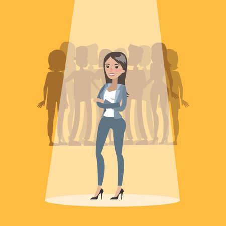 Erfolgreiche Geschäftsfrau aus der Menge mit Rampenlicht gewählt. Vektorgrafik