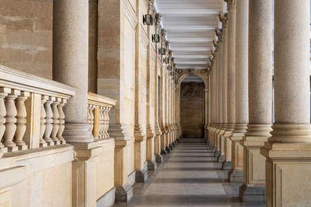 Open gallery made of white sandstone in Karlovy Vary 免版税图像