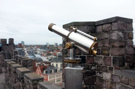 operated: Telescope on top of a castle to view the city