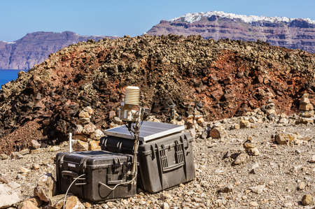 Seismic monitoring of Santorinis Volcano technical devices