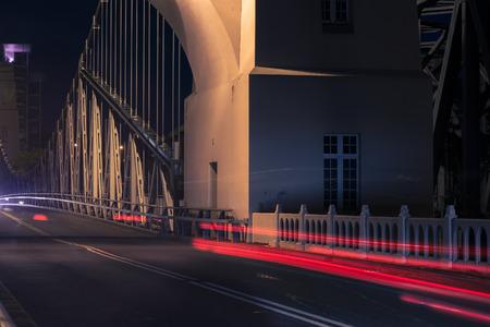 Walter Taylor Bridge also known as Indooroopilly Bridge in Brisbane, Queensland. 写真素材 - 98222022