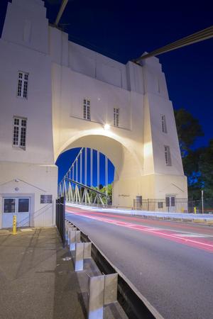 Walter Taylor Bridge also known as Indooroopilly Bridge in Brisbane, Queensland. 写真素材 - 98200577