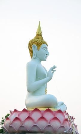busts: Statue of Buddha