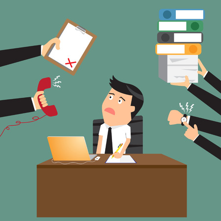 Hombre de negocios preocupante de dibujos animados con el teléfono en la mano tiene una gran cantidad de trabajo y el papeleo adecuado para el diseño de concepto de negocio de gestión de tiempo, ilustración vectorial diseño plano.