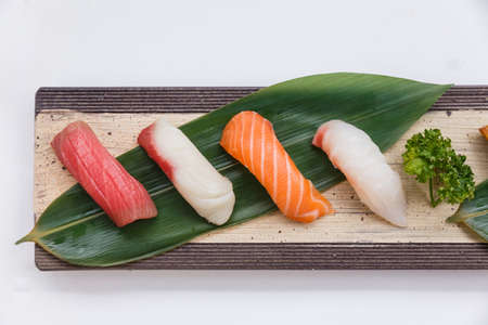 Sushi Set : Maguro (Bluefin Tuna), Hamachi (Yellowtail), Salmon, Tai (Red Seabeam),