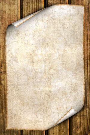 quemado: antiguo papel aislado en madera