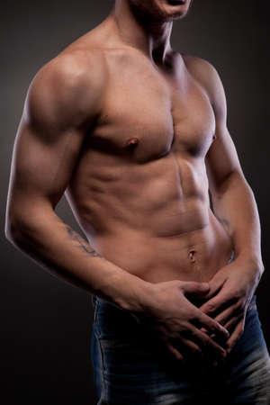 homme nu: Homme nu musculaire Banque d'images