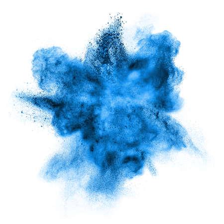 humo: explosión de polvo de color azul sobre fondo blanco Foto de archivo