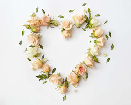 Roses buds as heart 版權商用圖片
