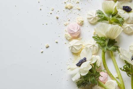 白い背景の上にゼファー マシュマロのデザイン 写真素材