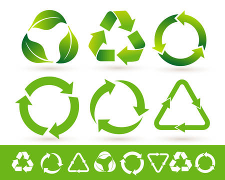 Recycled cycle arrows icon set. Recycled eco icon. Vector illustration. Isolated on white background Vettoriali