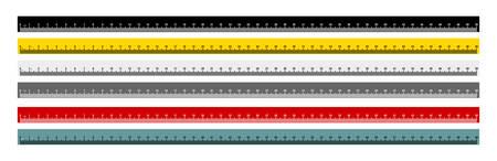 Zestaw mierników metrycznych linijki. Linijka metryczna. 50-centymetrowa linijka metryczna w kolorze czarnym, żółtym, szarym, czerwonym i szaro-niebieskim. Ilustracji wektorowych. Pojedynczo na białym tle.