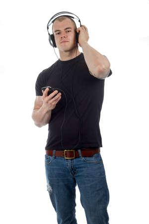 handsom: Hombre que escucha m�sica con auriculares