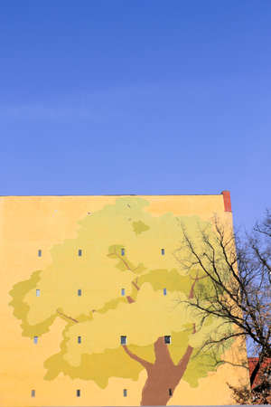 stay beautiful: Painted house wall in Berlin, Germany