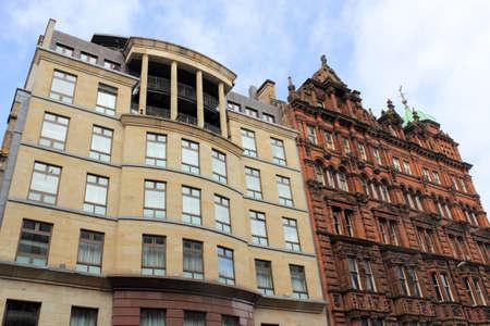 stucco facade: Facciate degli edifici Glasgow in Gran Bretagna