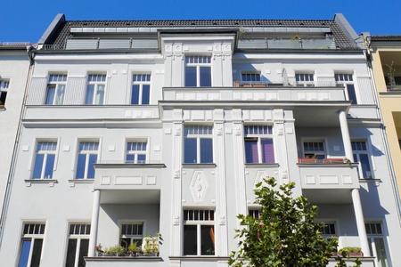 prenzlauerberg: Old building facade
