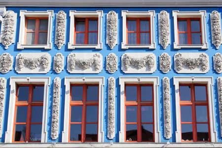 stucco facade: Stucco facciata blu