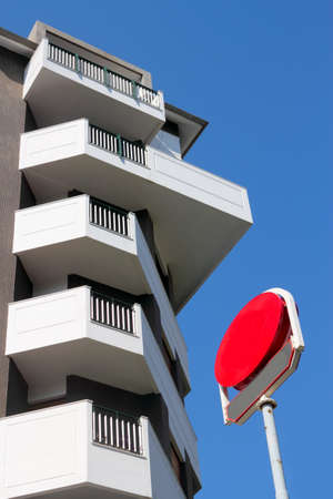 prefabricated buildings: Vida Moderna Foto de archivo