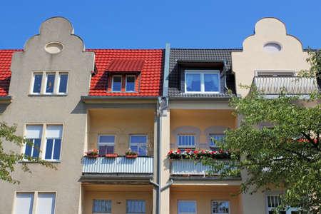 gable home renovation: detached houses