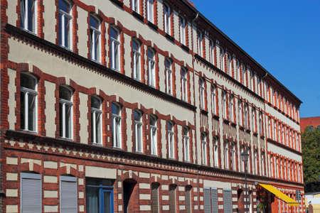 mietshaus: Brick Facade