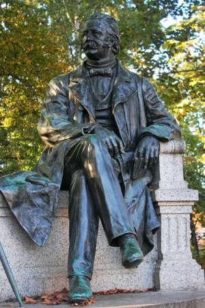 national poet: Theodor Fontane