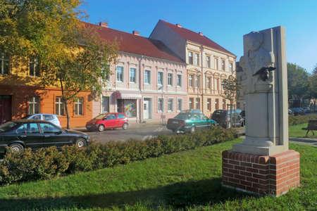 mietshaus: Goethe Monument Editorial