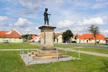brandenburg home ownership: Frederick II in Kloster Zinna