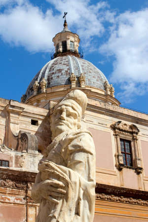 mannerism: Statue in front of Santa Caterina