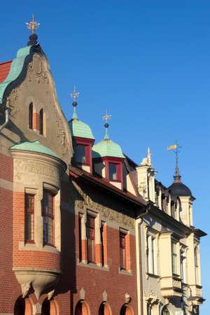 house gables: edificios renovados